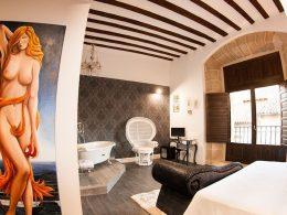 Habitación Nude de la Hospedería Teatrizzo, en Cuzcurrita-del Río Tirón, La Rioja