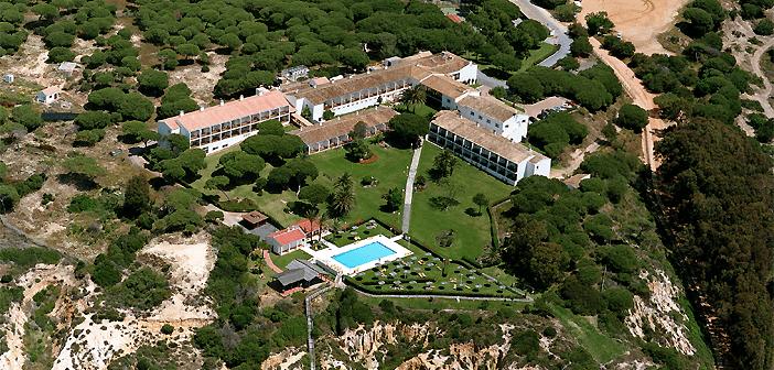 El Parador de Mazagón es uno de los hoteles románticos más especiales de Andalucía.