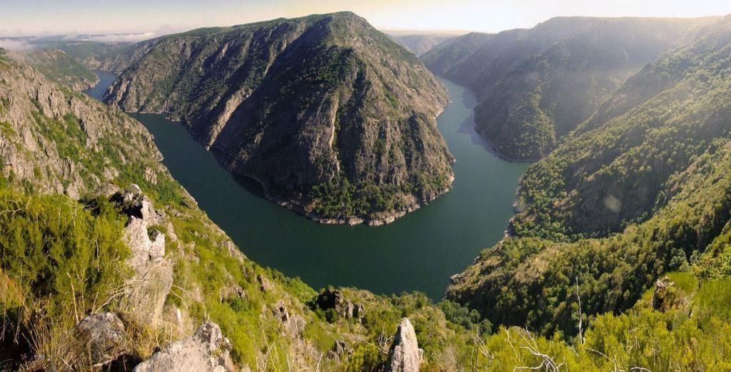 Cabo do mundo es uno de los rincones románticos de Galicia que ver en la Ribeira Sacra