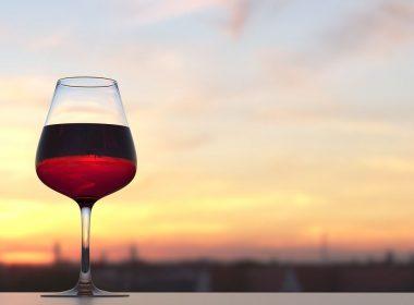 Las bodegas de La Rioja y de Ribera del Duero son perfectas para pasar una escapada enológica romántica