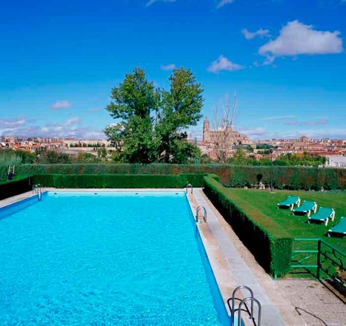 Paradores con piscina cerca de Madrid: Salamanca